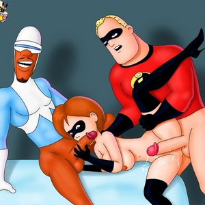 Mr. Incredible shares his wife Elastigirl with the bad guy.