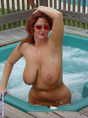 Toni KatVixen Like To Be In The Whirlpoo - XXX Dessert - Picture 6