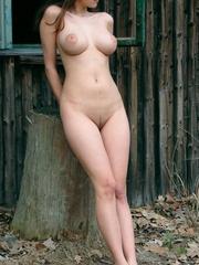Jacqueline macinnes wood nuda fake
