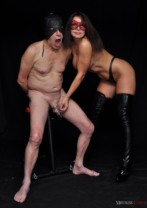 Busty long-haired mistress in a red mask - XXX Dessert - Picture 8