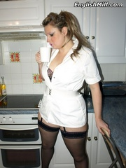 Chubby ponytailed mom in stockings - Sexy Women in Lingerie - Picture 5