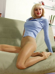 Dirty blonde milf in a blue blouse - Sexy Women in Lingerie - Picture 2