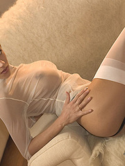 Busty blonde short-haired blonde - Sexy Women in Lingerie - Picture 3