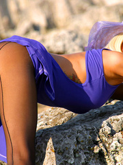 Bodacious blonde lady in a blue - Sexy Women in Lingerie - Picture 4