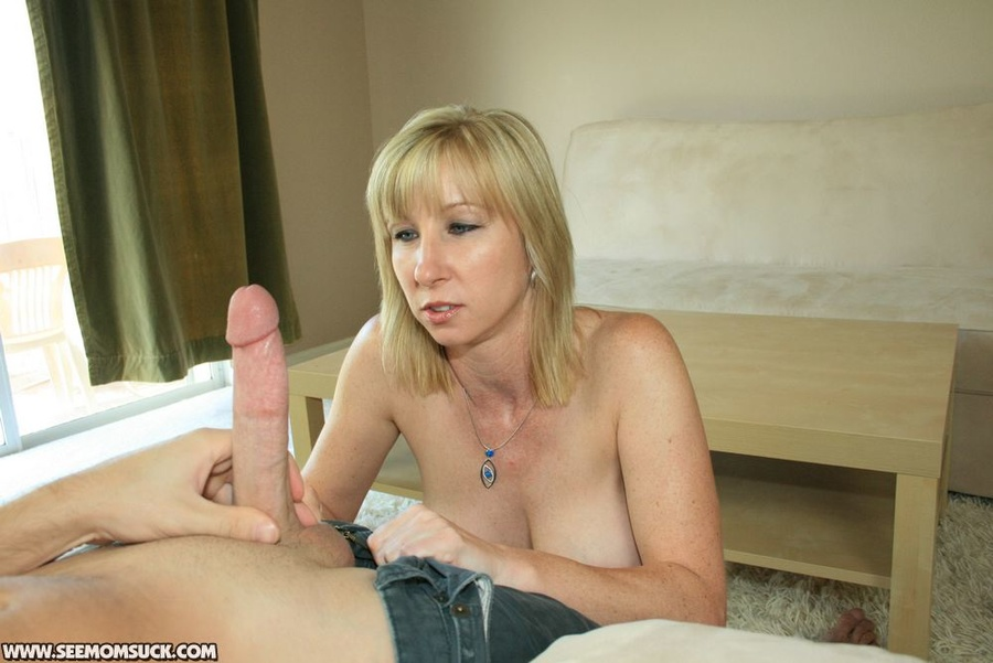 Naked busty blonde moms — 9