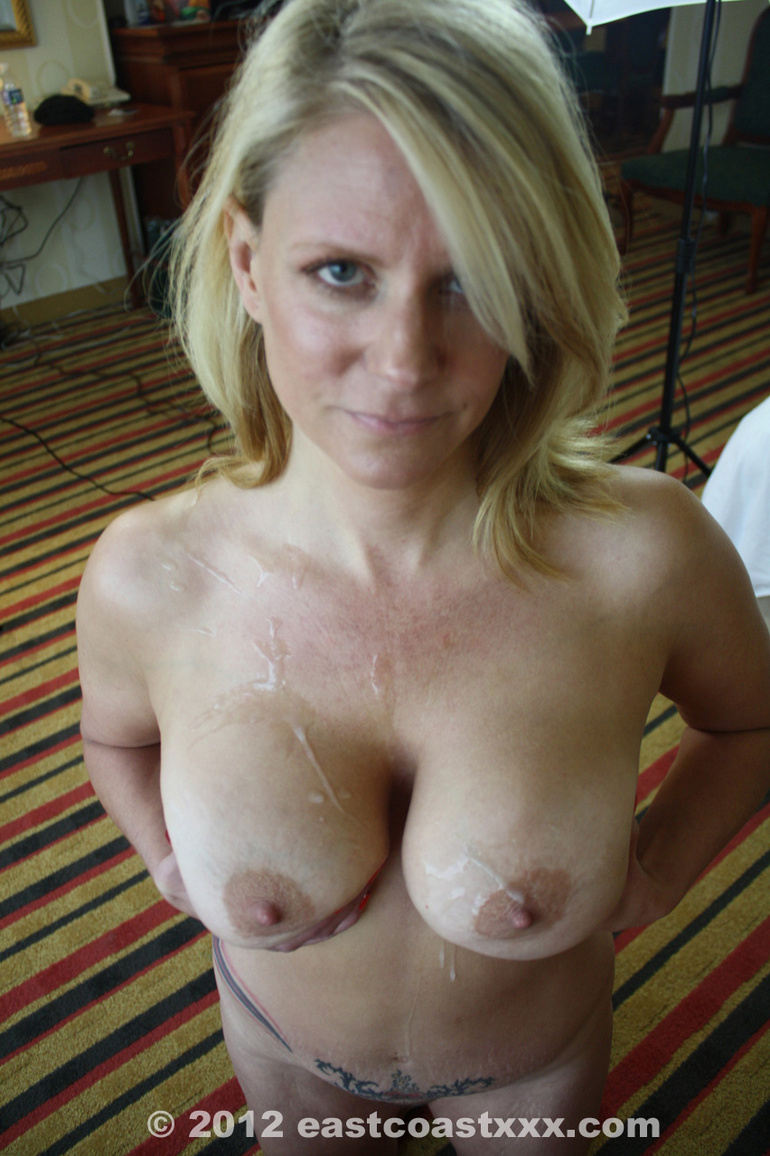 Mom single mom loves filming her big breasts getting covered Part 8 8