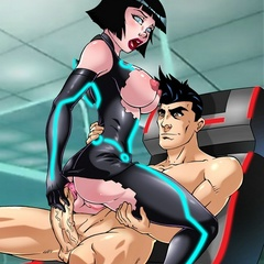 Horny Quorra with her suit ripped jumping on a - Picture 2