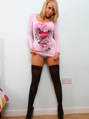 Hot blonde teen bitch in a lovely pink jumper and lack - Picture 2