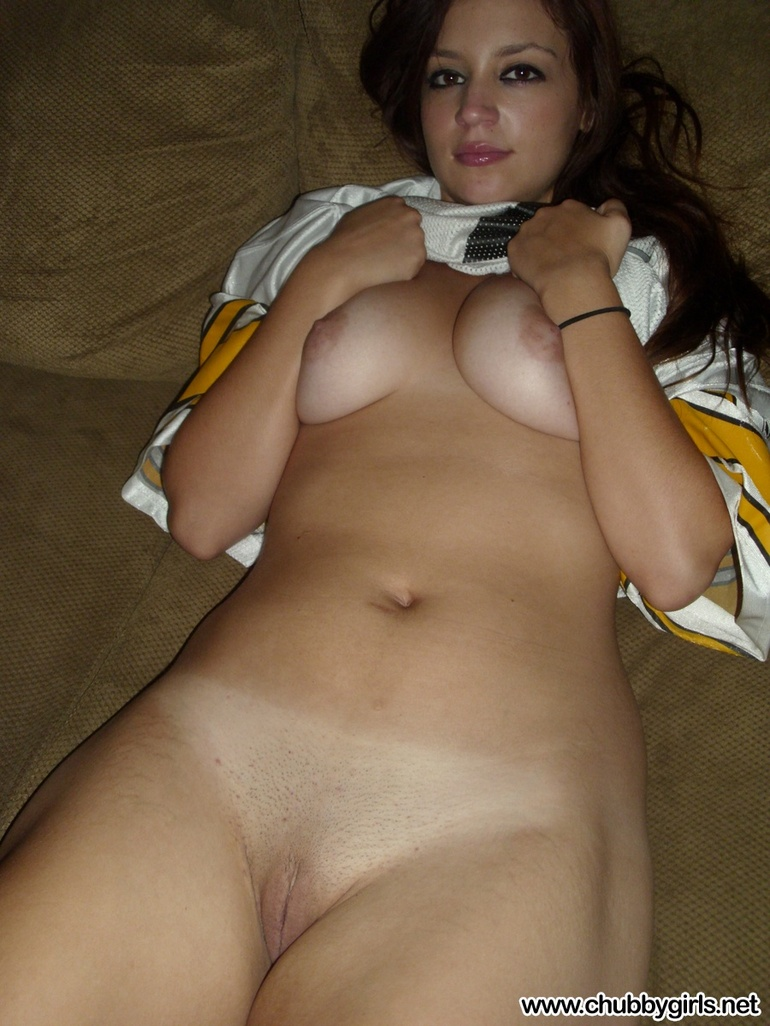 nude Hot chubby virgins