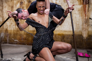 Kinky master punishing his short-haired ebony chick with water and chains before fucking her various and violently - XXXonXXX - Pic 5