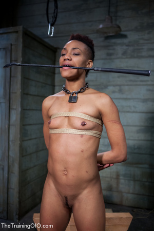 Kinky master punishing his short-haired ebony chick with water and chains before fucking her various and violently - XXXonXXX - Pic 15