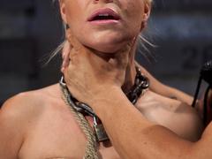 Blonde ponytailed bitch roped in karada style gets - XXXonXXX - Pic 4