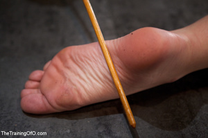 Poor girl with a wodden box with hole on her head sitiing on a fucking machine when master caning her heels - XXXonXXX - Pic 13