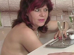 Red mom seduces by trick her son's GF to - XXX Dessert - Picture 1