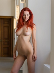 Magnificent red girl with sexy body posing - XXX Dessert - Picture 2