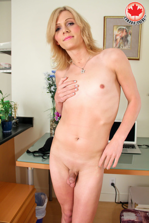 Dirty blonde tranny in a jeans skirt and - XXX Dessert - Picture 11