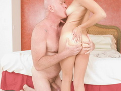 Lustful bald old boy pleasing fresh - XXX Dessert - Picture 18
