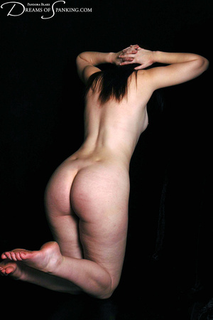 Naked ginger model posing on cam exposin - XXX Dessert - Picture 11