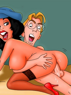 Busty babes from Atlantis getting banged badly when - Picture 3