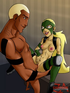 Hot chicks from Young Justice team are - Cartoon Sex - Picture 3