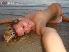 Very hot blonde chick in an orange bikini taking - XXXonXXX - Pic 8
