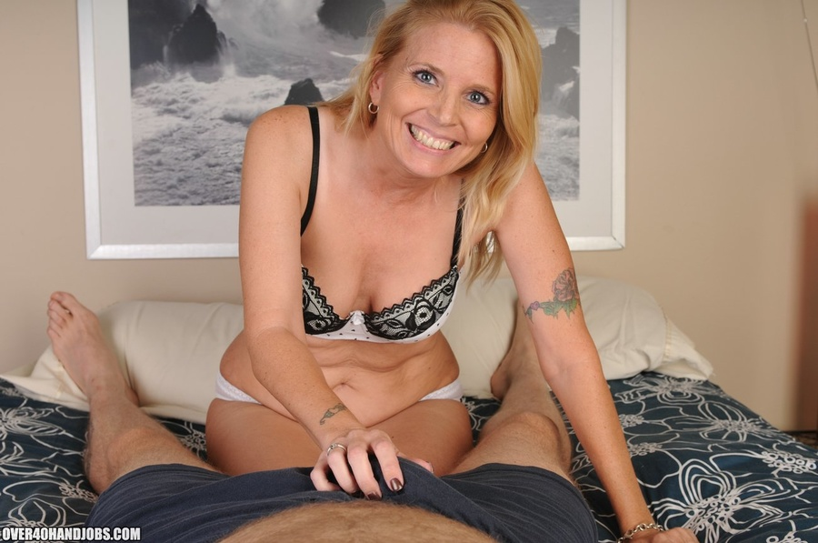 Hot blonde milf handjob cumshots