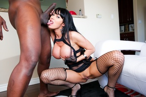 Magnificent brunette MILF gets her pretty face sprayed with jizz after hot BJ to sexy black guy - XXXonXXX - Pic 6