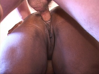 Nasty ebony fatso gets her asshole screwed with a white - Picture 2