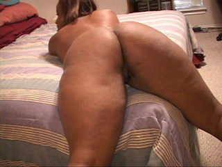 Chubby ebony slut gets her snatch screwed with a white - Picture 2