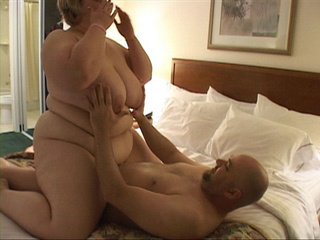 Dirty fat bitch riding on bald dude's boner passionately - Picture 1