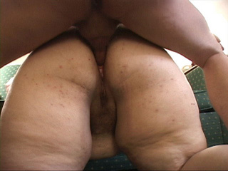 Fat bitch spreads her ass chicks for a thick boner - Picture 2