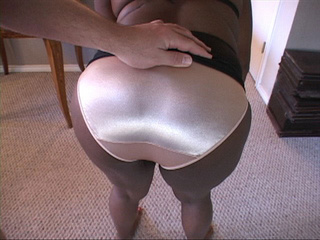 Black bitch with a big ass  gets it drilled hard with a - Picture 2