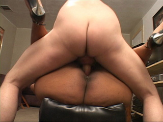 Busty black fatty gets her asshole plugged with a thick - Picture 1