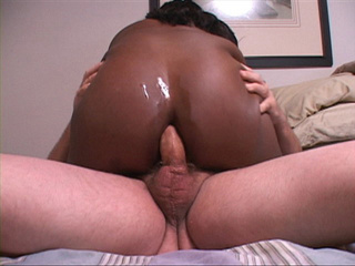 Fat black ass gets screwed with a thick white boner - Picture 4