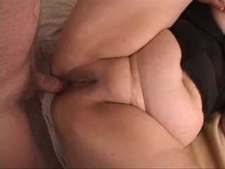 Horny man drilling milf's fat ass with a dildo preparing - Picture 3