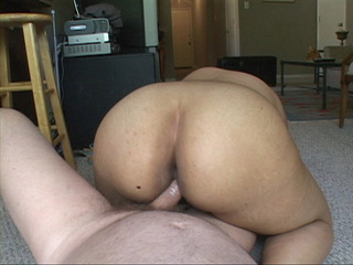 Busty latina MILF with big ass gets fucked in doggy - Picture 3