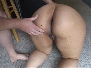 Plump latina mom with big juggs giving head before dirty - Picture 4