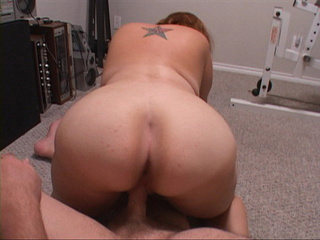 Red milf with a tattooed back gets her face fucked - Picture 4