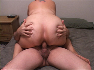 Hot pics with chubby mom jumping on the cock with her - Picture 3