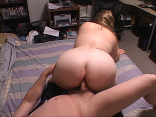 Slutty BBW in high boots loves anal fucking - Picture 3