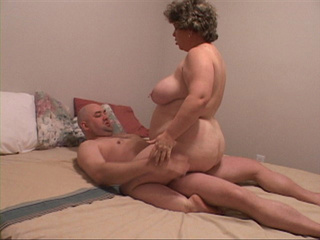 Busty fat whore jumping on a cock with her huge ass - Picture 1