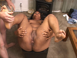 Hot black mom with a chubby ass gets it screwed with a - Picture 4