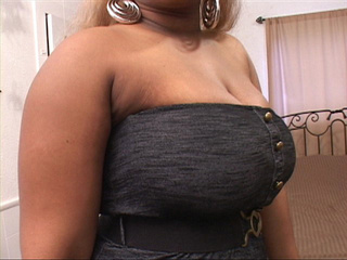 Chubby black mom in a short dress is ready to provide - Picture 4
