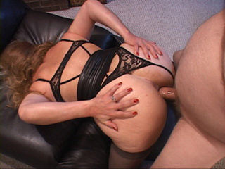 Chubby latina grandmother in sexy lingerie and stockings - Picture 3