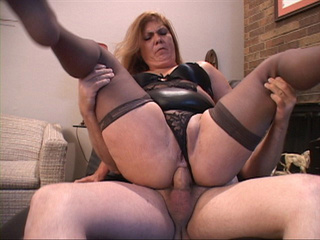 Old Mexican slut in stocking gets her asshole plugged - Picture 4