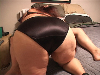 Fat long-haired brunette granny in panties showing off - Picture 3