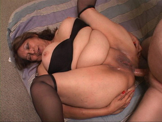 Old Mexican slut gets her old ass screwed with a thick - Picture 2
