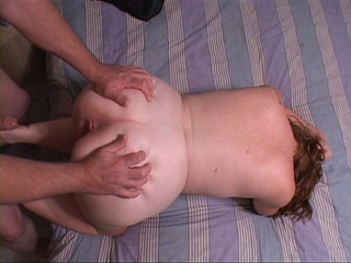 Fat mature bitch gets her chocolate eye screwed with a - Picture 3