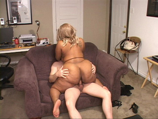 Fat ass ebony slut in a blonde wig riding on a man's - Picture 1
