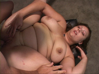 Busty BBW spreads her fat legs for a thick boner on the - Picture 1